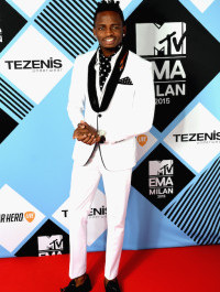 Diamond Platnumz wins Best African/Indian Act at the 2015 MTV EMA
