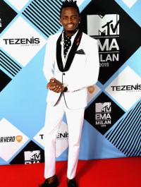 Diamond Platnumz wins Best African/Indian Act at the 2015 MTV EMA